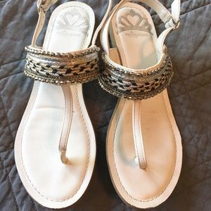 Fergalicious Frazzle White Beaded Sandals Size 7.5